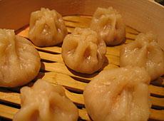 Pierogi z tofu gotowane na parze