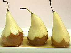 Gruszki pieczone w syropie z orzechami laskowymi