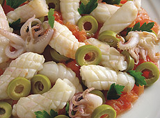 Potrawka z kalmarów i oliwek