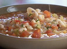 Zupa z fasoli i chorizo