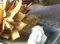 "Chrupiące krakersy z kremem ""burratina"""