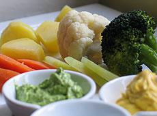 Warzywa na parze z masłem pietruszkowym