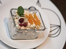 Twarożek z suszonymi owocami na słodko