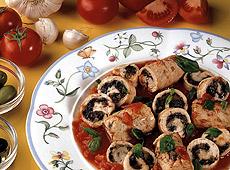 Rolady z indyka z pomidorami i oliwkami