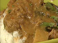 Kurczak w czerwonym tajskim curry