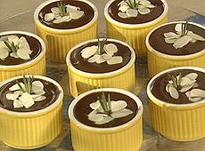 Pudding czekoladowy z rozmarynem