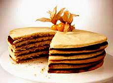 Tort z kruchego ciasta z kardamonem