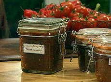 Chutney ze świeżych i suszonych pomidorów