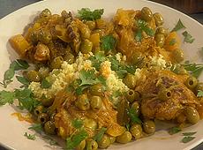 Kurczak w stylu marokańskim z marynowaną cytryną i zielonymi oliwkami