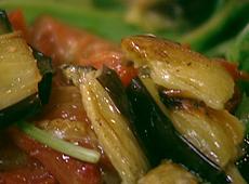 Sałatka z rukoli i bakłażana z balsamicznym winegretem
