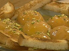 Brzoskwinie w sosie karmelowym