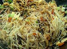 Singapurski smażony makaron