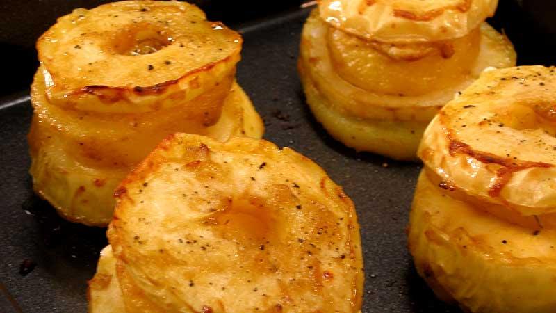 Ziemniaki pieczone z jabłkami