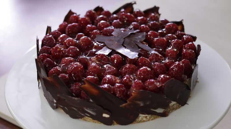 Tort śmietankowy z rozmarynem