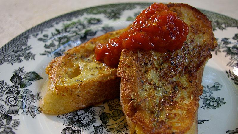 Pikantne tosty francuskie