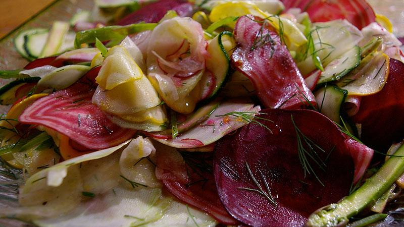 Sałatka z plasterków warzyw