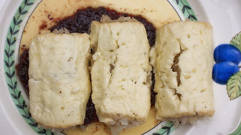 Zrazy serowe z kiszona kapustą