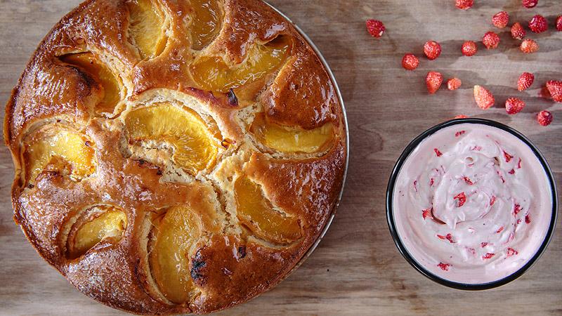 Ciasto brzoskwiniowe z miodem akacjowym