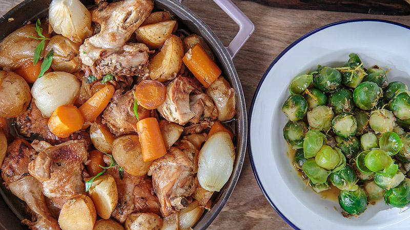 Kawałki kurczaka w marynacie z wódki i miodu