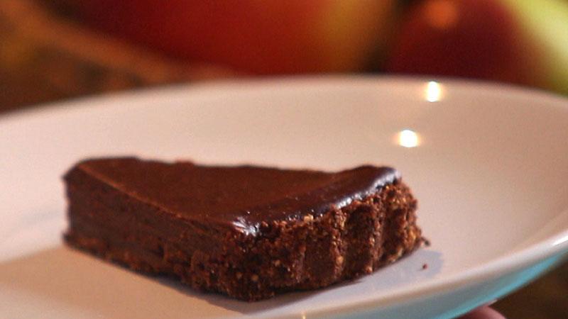 Tarta czekoladowa ze spodem bez pieczenia