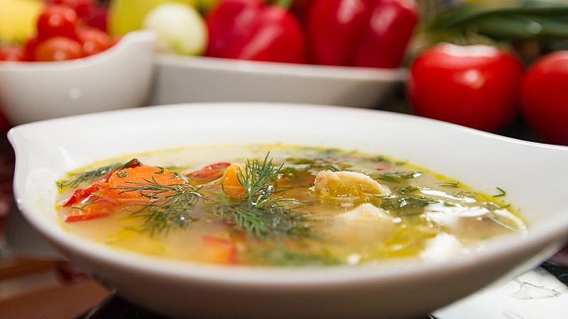Zupa rybna z batatami