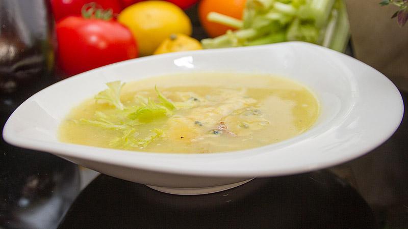 Zupa z cukinii i sera brie