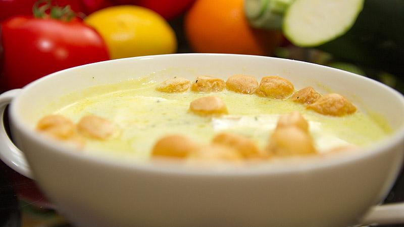 Zupa z serem i gruszką