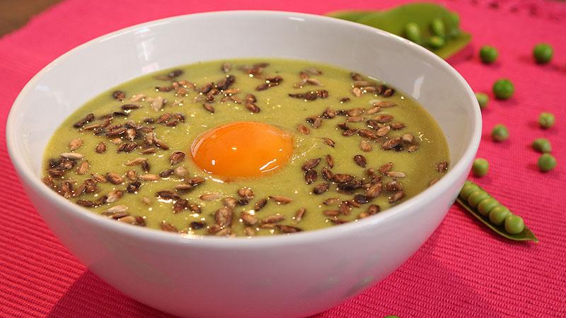 Zupa z groszku z miętą