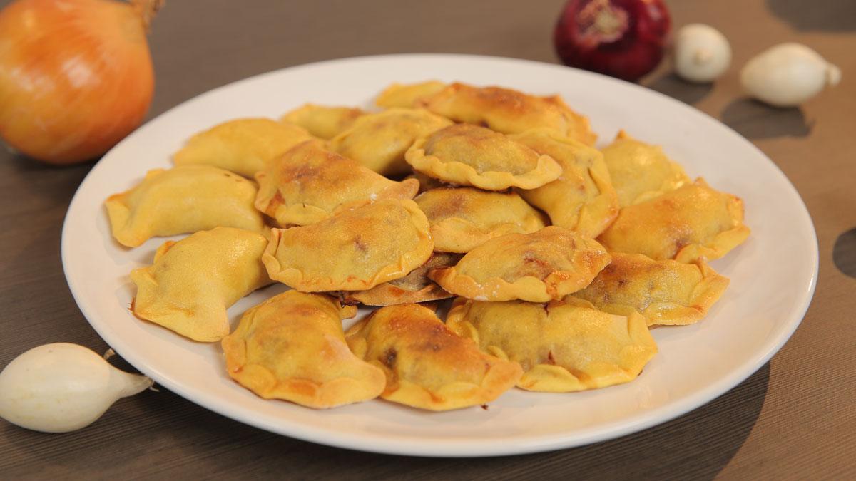 Cebulowe empanadas