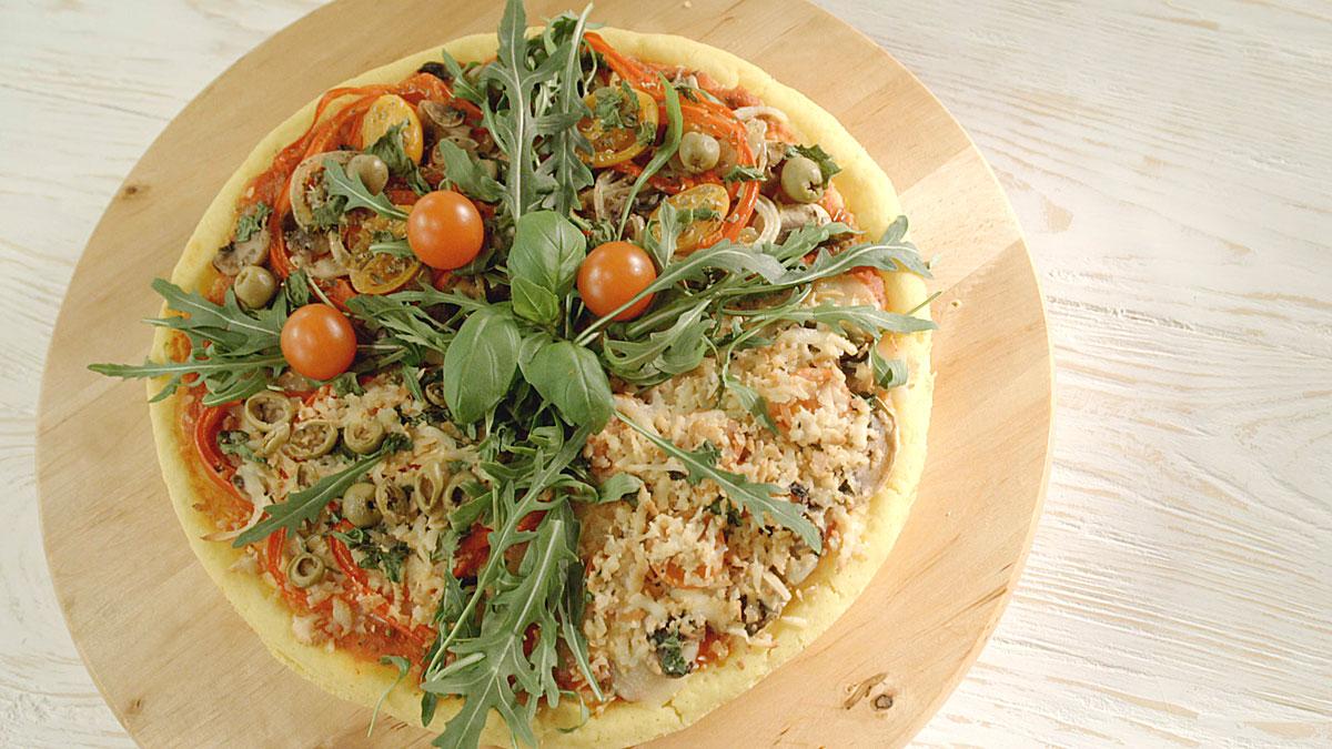 Placek ryżowy z warzywami a la pizza