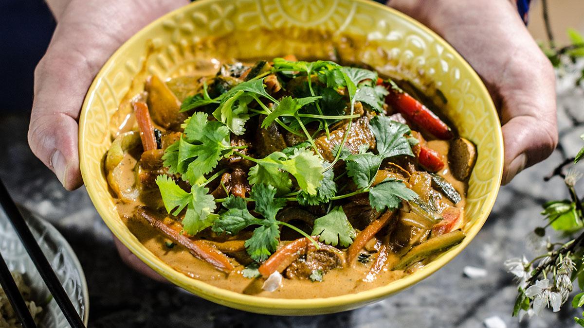 Tajskie wegańskie curry