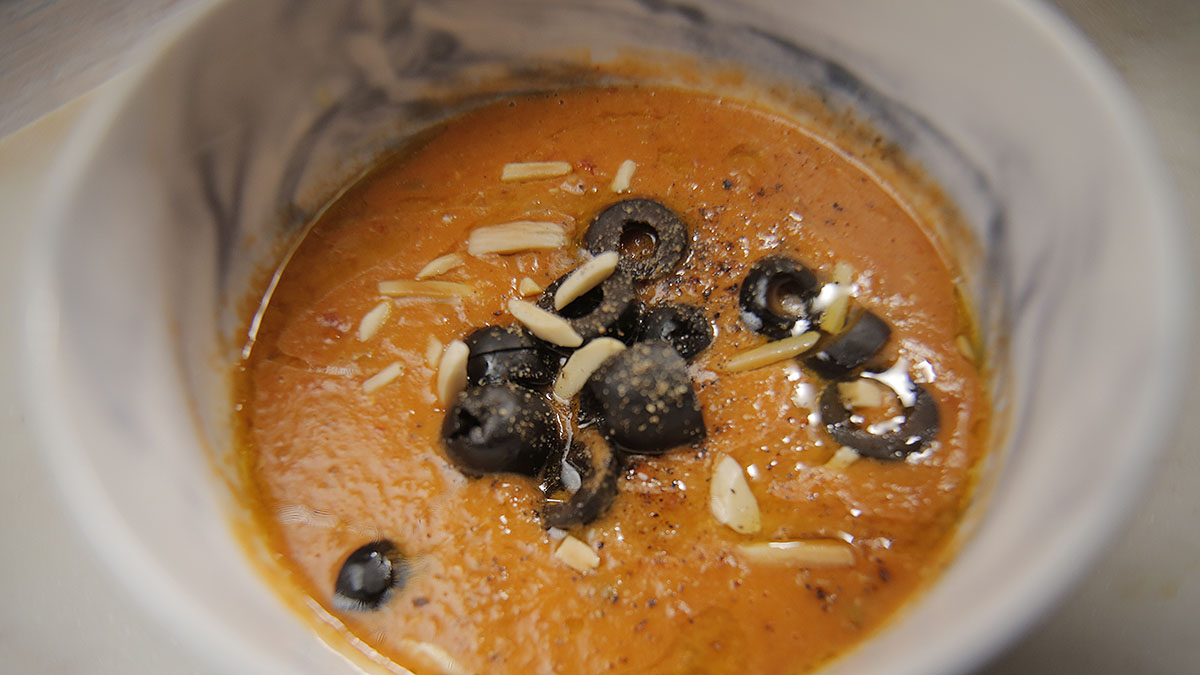 Krem pomidorowo-soczewicowy