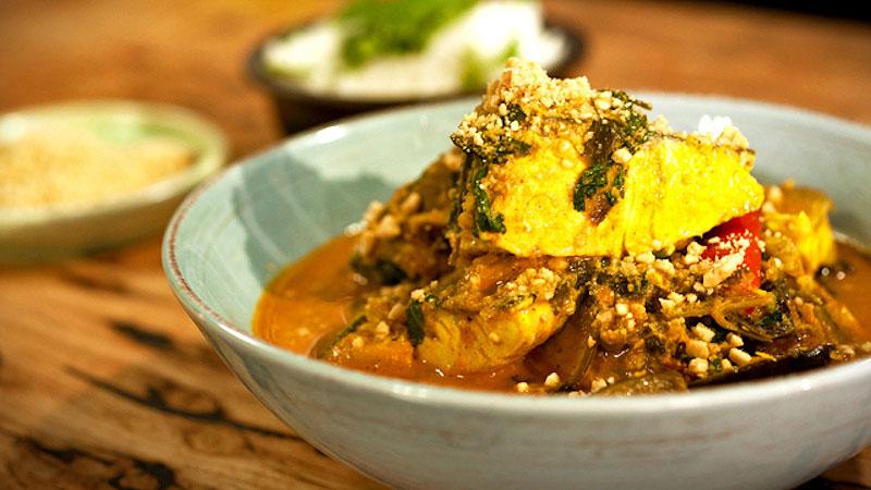 Malajskie rybne curry