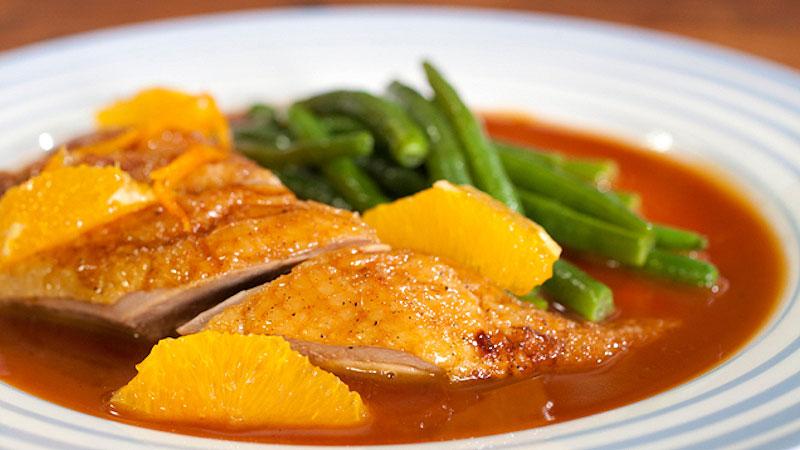 Pieczona kaczka z sosem pomarańczowym