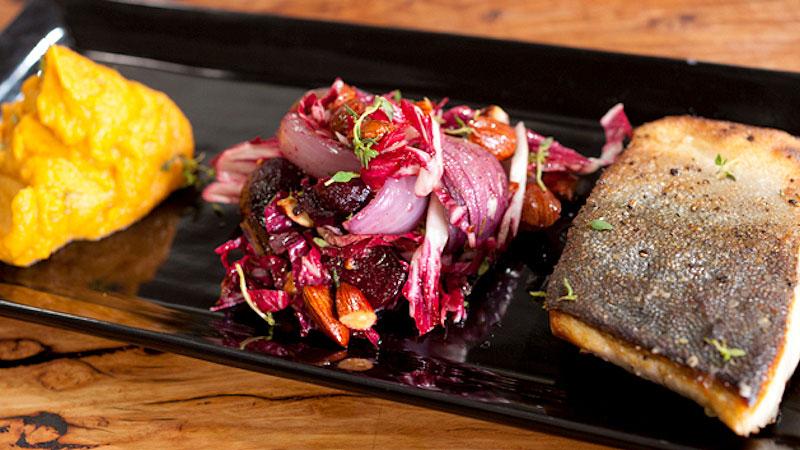 Pieczona ryba z purée ze słodkich ziemniaków