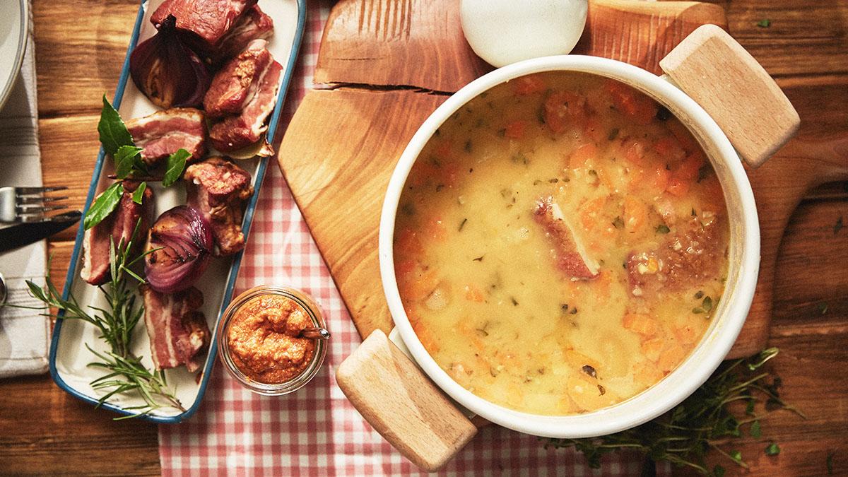 Zupa Grochowa Na Wędzonych żeberkach