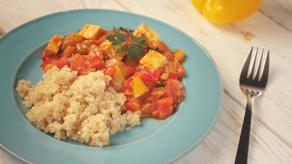 Gulasz warzywny z tofu