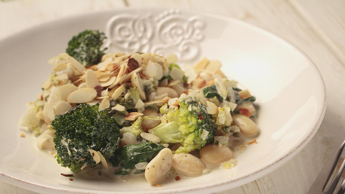 Fasolotto z mascarpone, brokułami i szpinakiem