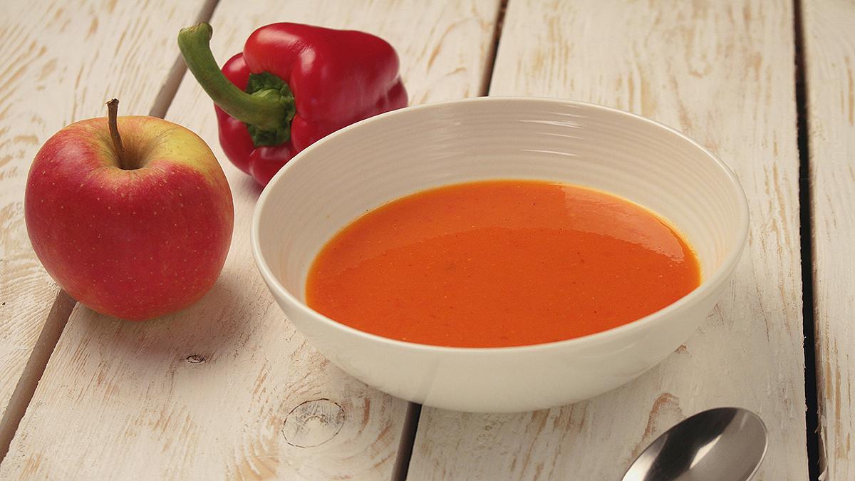 Zupa-krem z papryki i jabłek