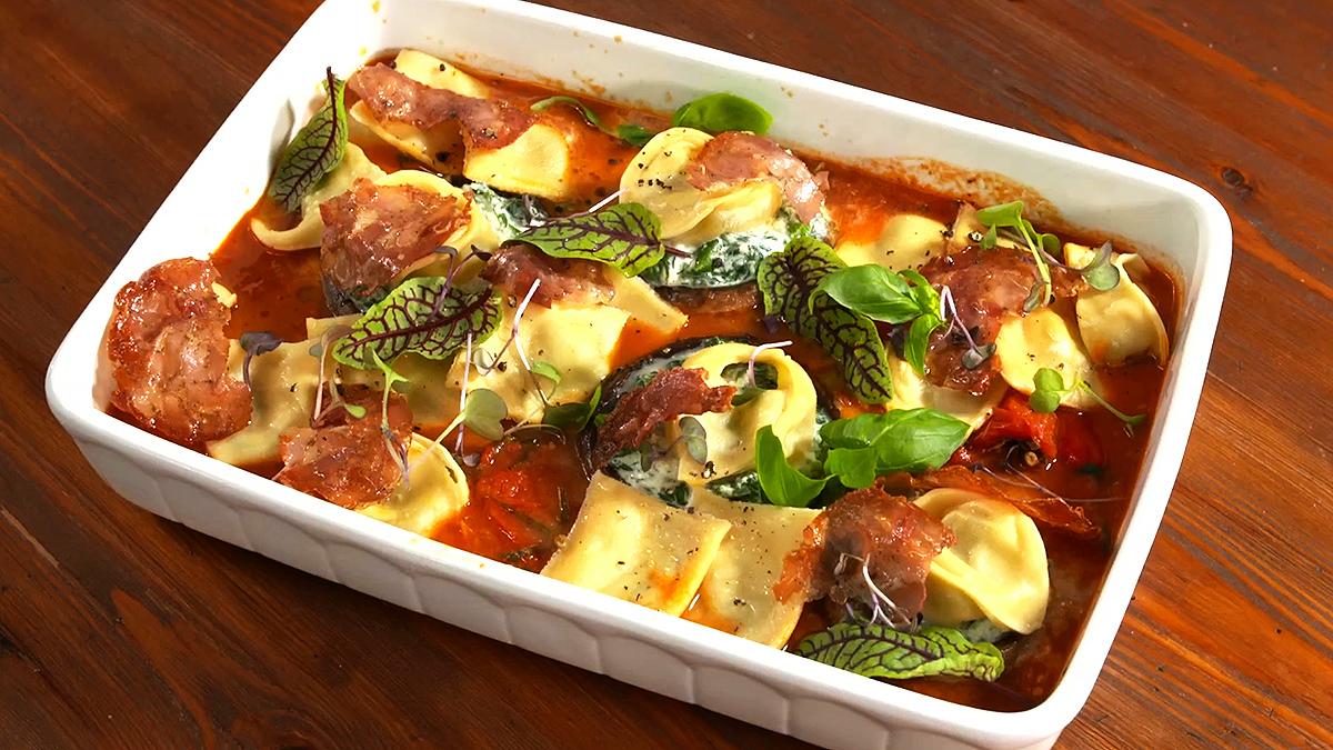 Tortellini maślane i pieczarki faszerowane