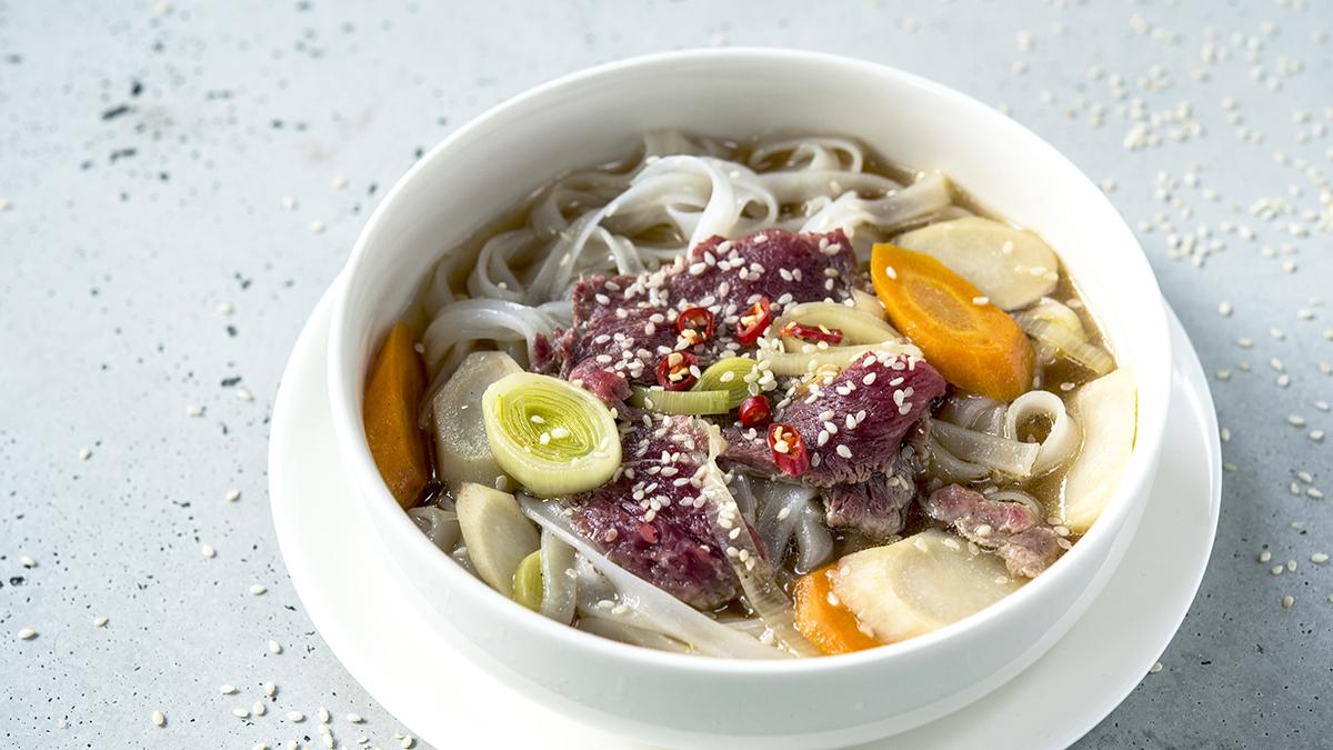 Pikantna zupa jesienno-zimowa z wołowiną