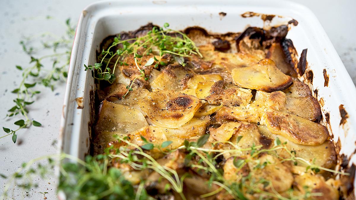 Zrazy po nelsońsku z ziemniakami i pieczarkami