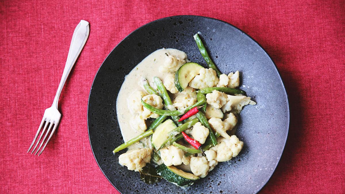 Zielone curry z fasolką szparagową