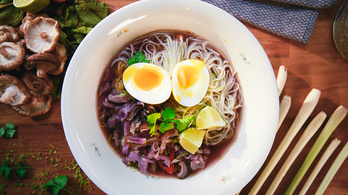 Lekka zupa z grzybami shiitake