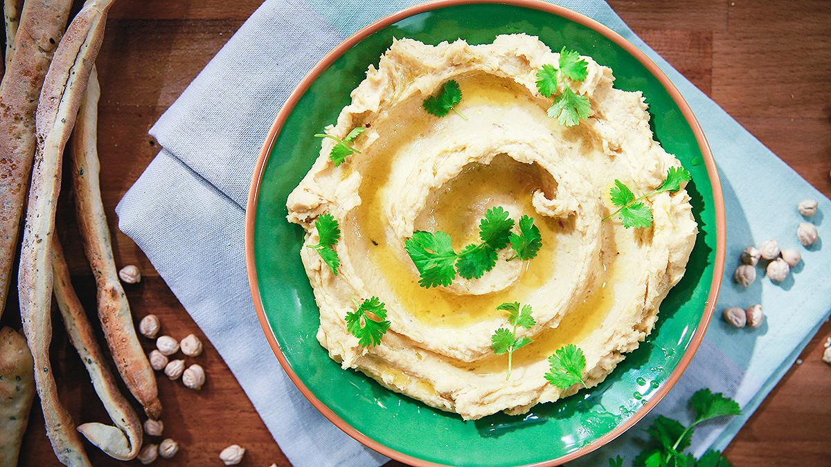 Hummus z marynowanym czosnkiem