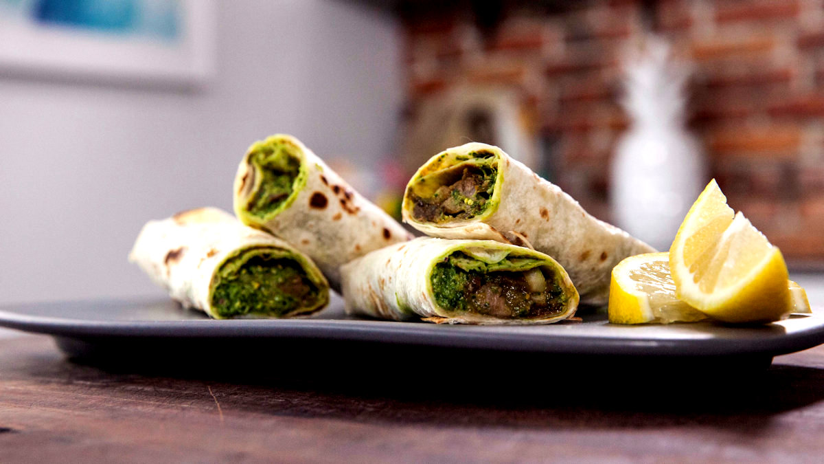 Jagnięce kathi rolls