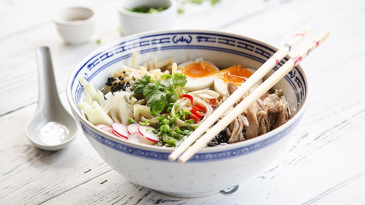 Ramen tonkotsu - japońska zupa