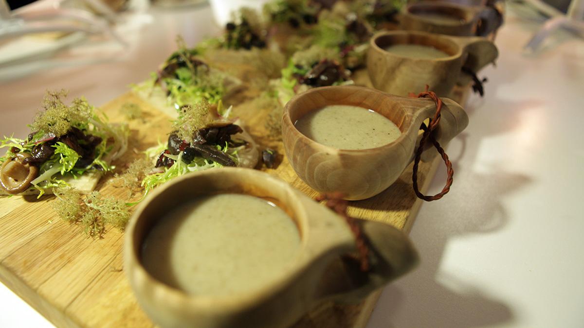 Zupa z topinamburu i grzybów shiitake