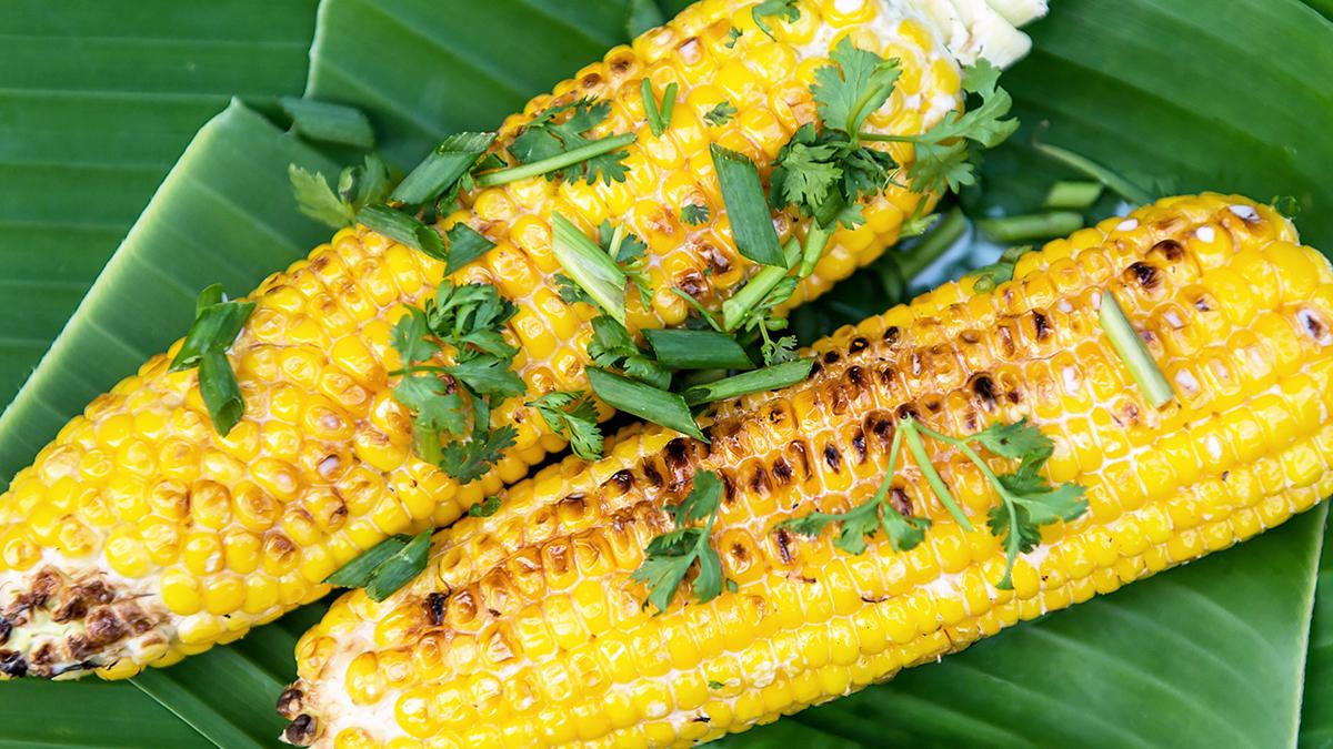 Grillowana kukurydza z kokosową śmietanką