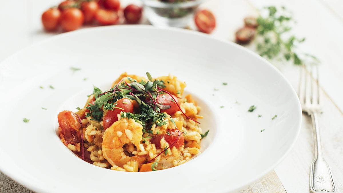 Risotto z krewetkami, pomidorami i chili